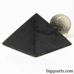 Small Shungite Pyramid Sculpture (Russia #B530) 1.4 inches tall